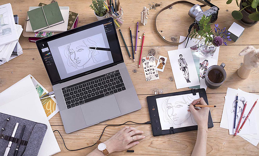 Use your favourite pen or pencil to draw with The Slate