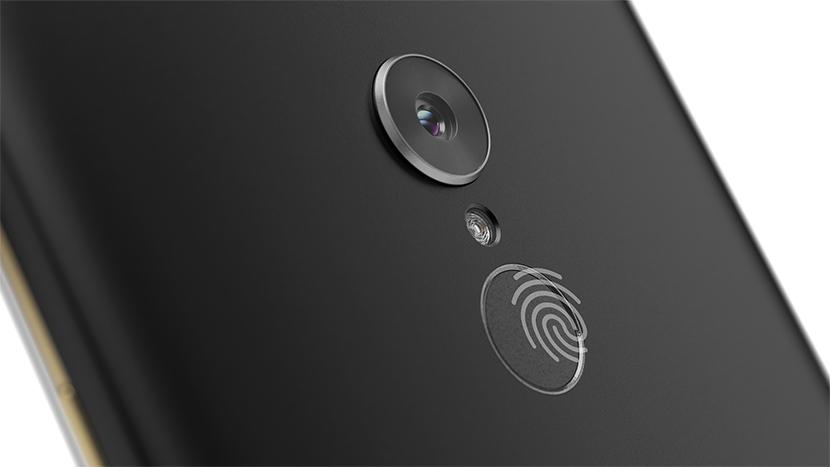 Lenovo Tab V7 Camera and Fingerprint Sensor